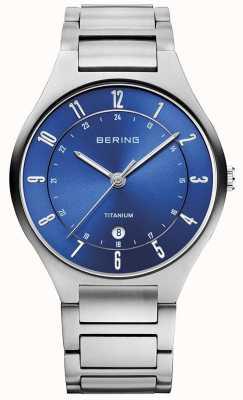 Bering Bracelet en titane gris homme dialwatch bleu 11739-707
