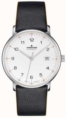 Junghans Former un bracelet noir en cuir de veau avec des chiffres 027/4731.00
