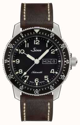 Sinn 104 st sa une montre pilote classique cuir vintage brun foncé 104.011-BL50202002007125401A