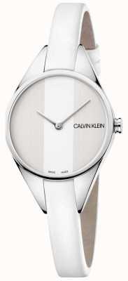 Calvin Klein Mesdames rebelle en cuir blanc montre mince bracelet K8P231L6