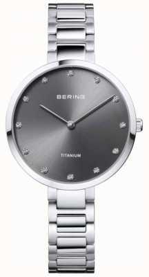 Bering Crystal set titane gris boîtier et bracelet 11334-772