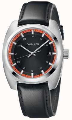 Calvin Klein Les hommes atteignent le bracelet en cuir noir K8W311C1